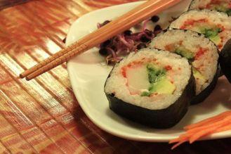 巻き寿司  Makizushi